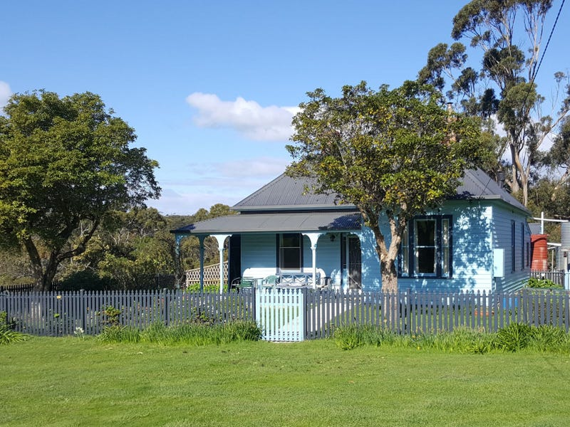 321 Bruny Island Main Road, Dennes Point, Tas 7150
