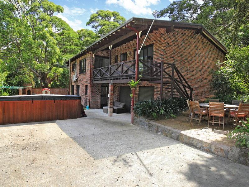 15 Barfield Rd, Cambewarra, NSW 2540