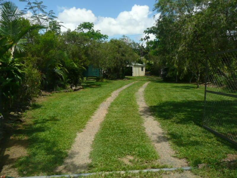 797 Woopen Creek Road, Mirriwinni, Qld 4871
