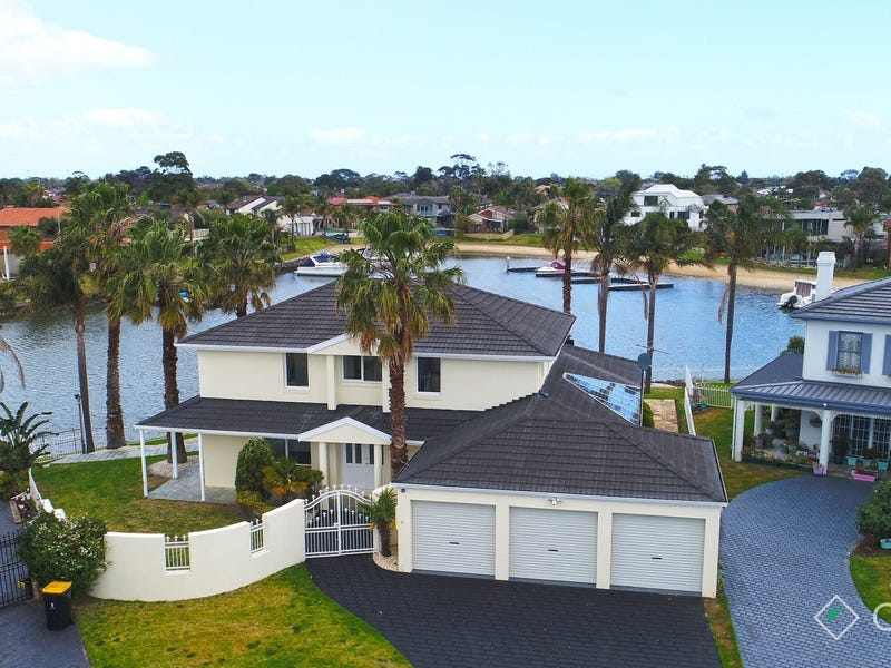 10 Seafarer Court, Patterson Lakes
