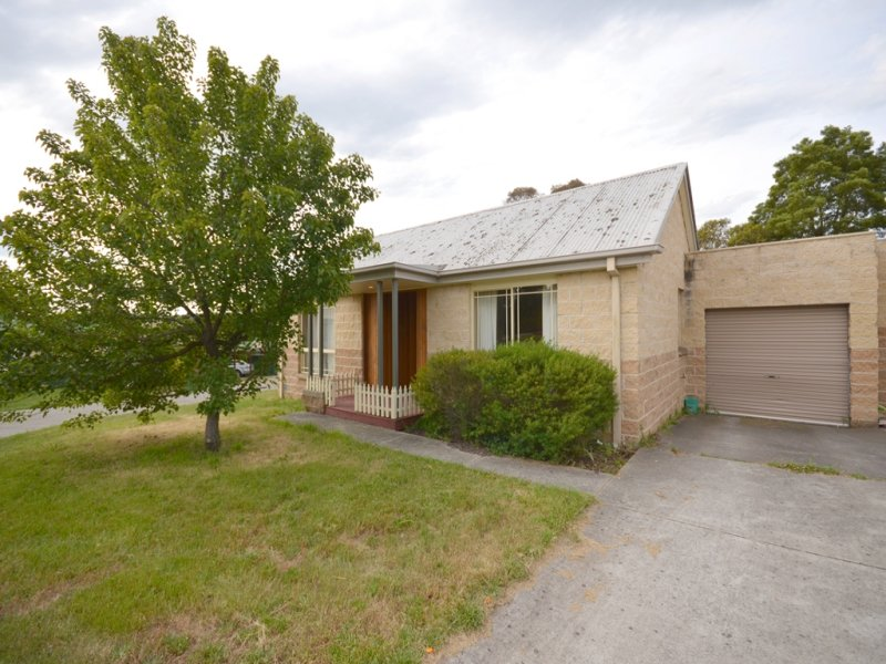 12/320 Humffray Street North, Brown Hill, Vic 3350