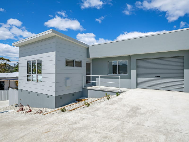 Unit 2 68 Auburn Road, Kingston Beach, Tas 7050