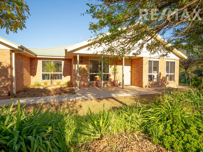 15 Peppermint Drive, Springvale, NSW 2650