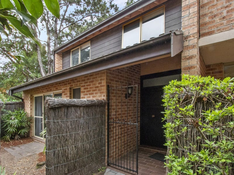 8/2 Stanley Street, St Ives, NSW 2075