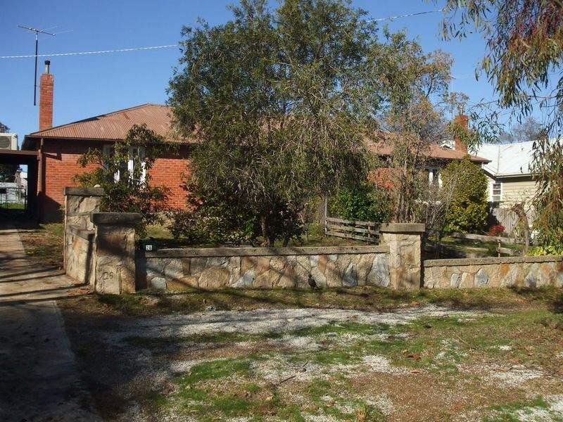 24 Victoria Road, Beechworth, Vic 3747