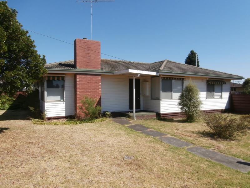 22 Carinya Avenue, Newcomb, Vic 3219