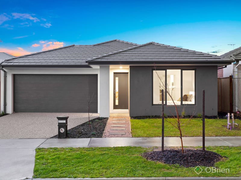 18 Cilroy Crescent, Cranbourne South, Vic 3977