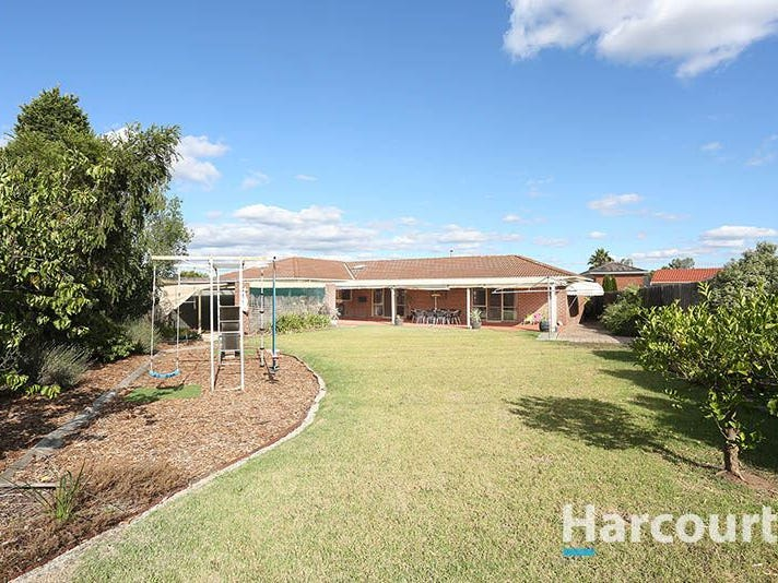 6 Whitfield Court, Mill Park, Vic 3082