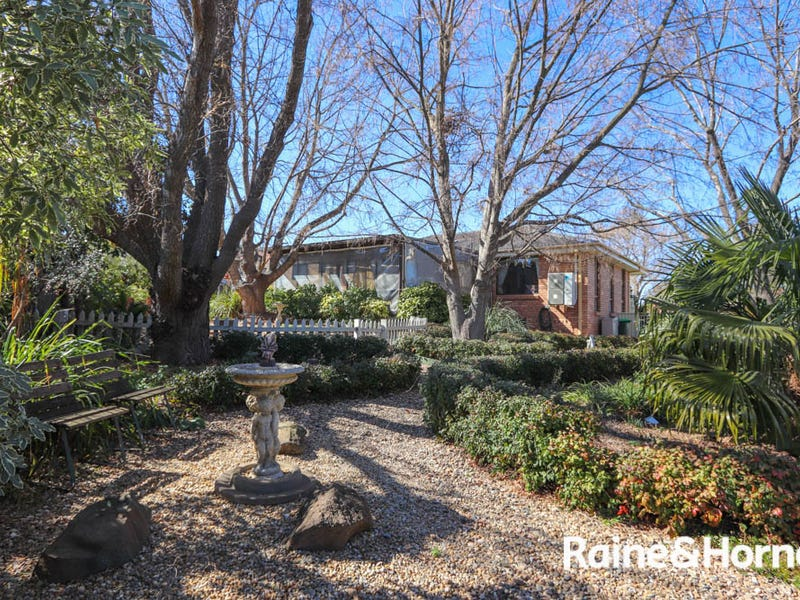 13 Bullock Place, Kelso, NSW 2795