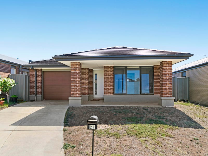 21 Wimpara Crescent, Maddingley, Vic 3340