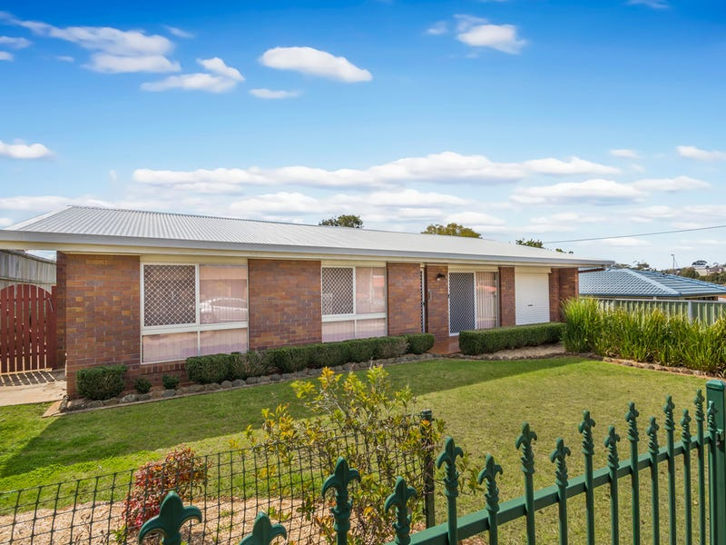 13 Kratzman Court, Kearneys Spring, Qld 4350