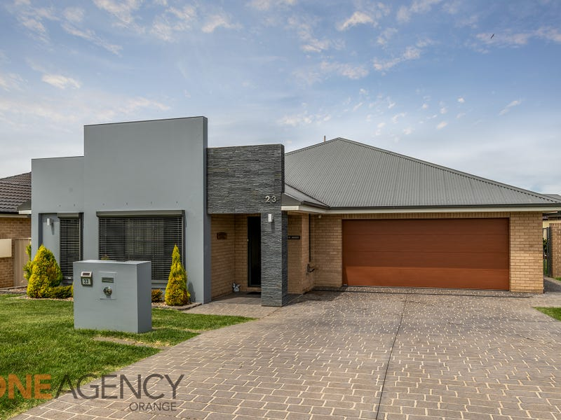 23 Botanic Way, Orange, NSW 2800