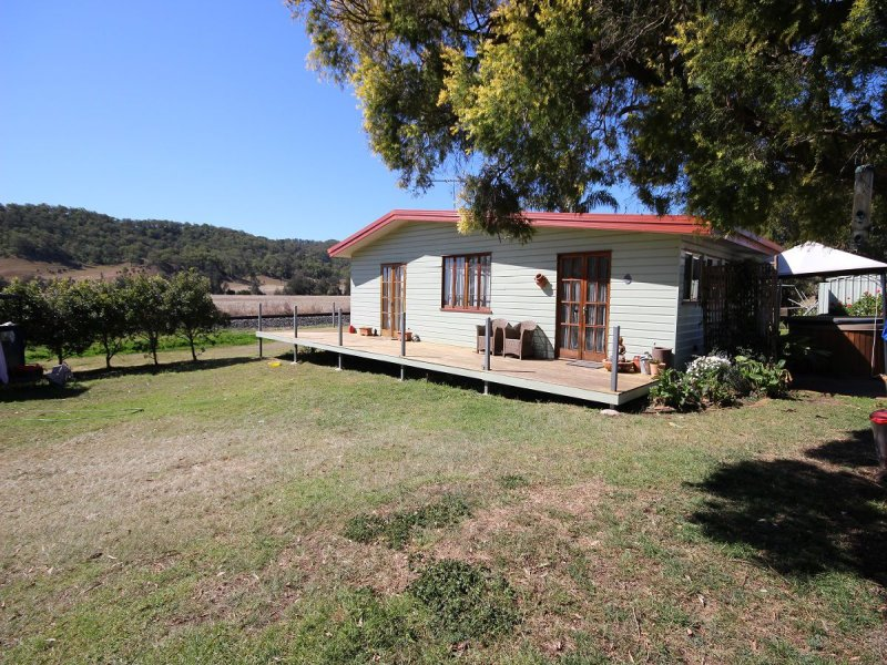 Address available on request, Running Creek, Qld 4287