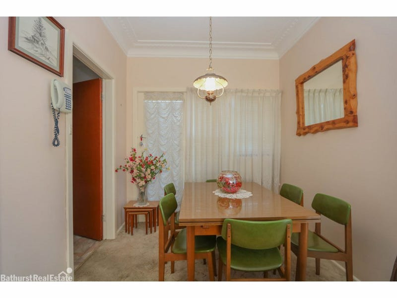 16 Vine Street, South Bathurst, NSW 2795