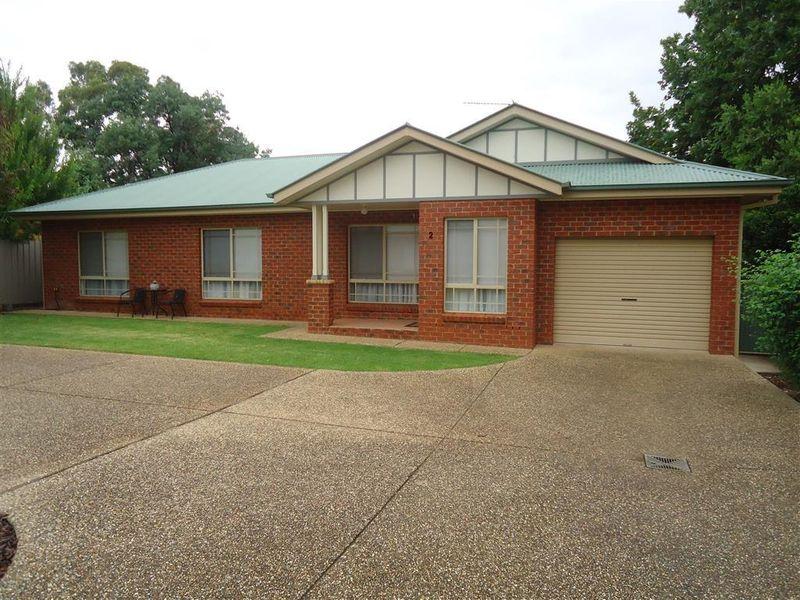 2/24 Lindsay Street, Turvey Park, NSW 2650