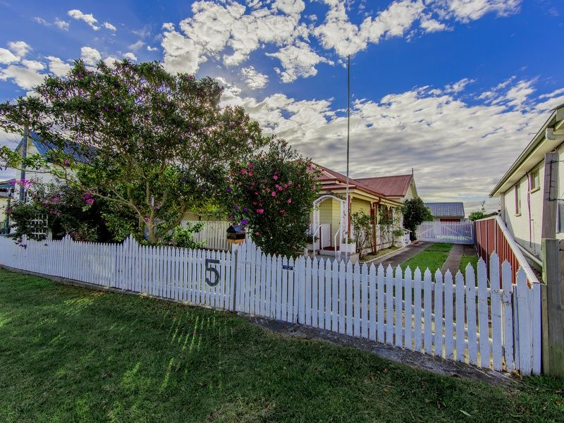 5 First Street, Boolaroo, NSW 2284