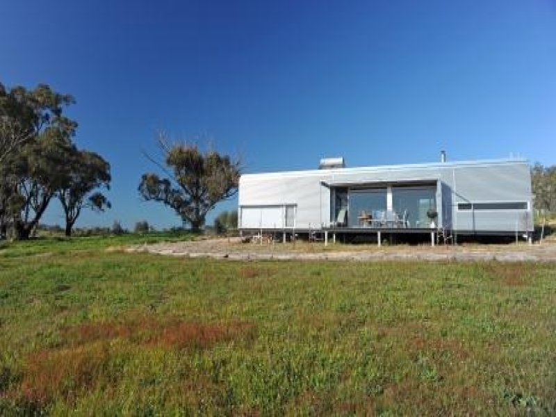 98 Back Cairn Curran Road Baringhup, Maldon, Vic 3463