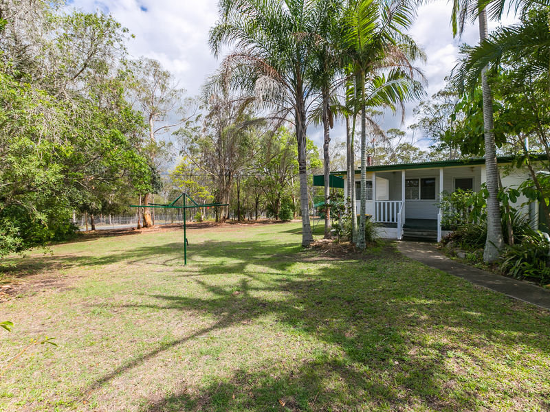 84 Bacton Road, Chandler, Qld 4155