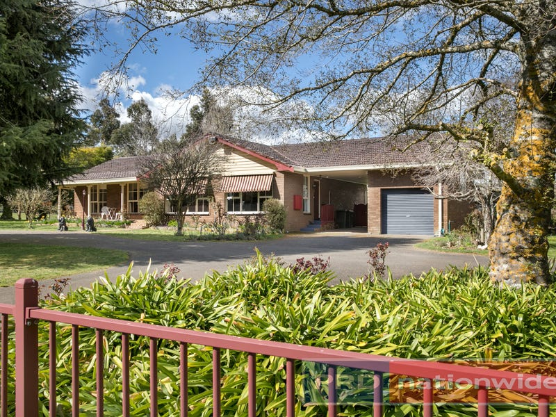 572 Blackswamp Road, Bullarook, Vic 3352