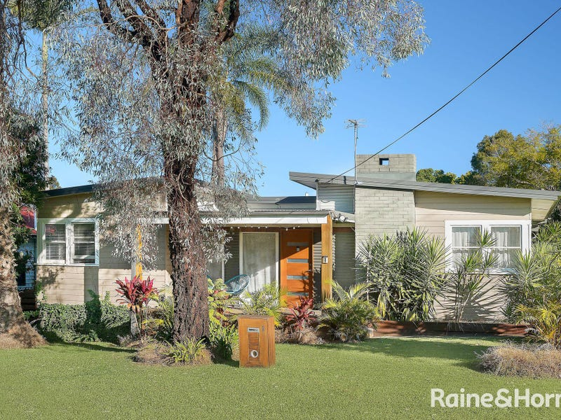 8 Gould Avenue, Nowra, NSW 2541