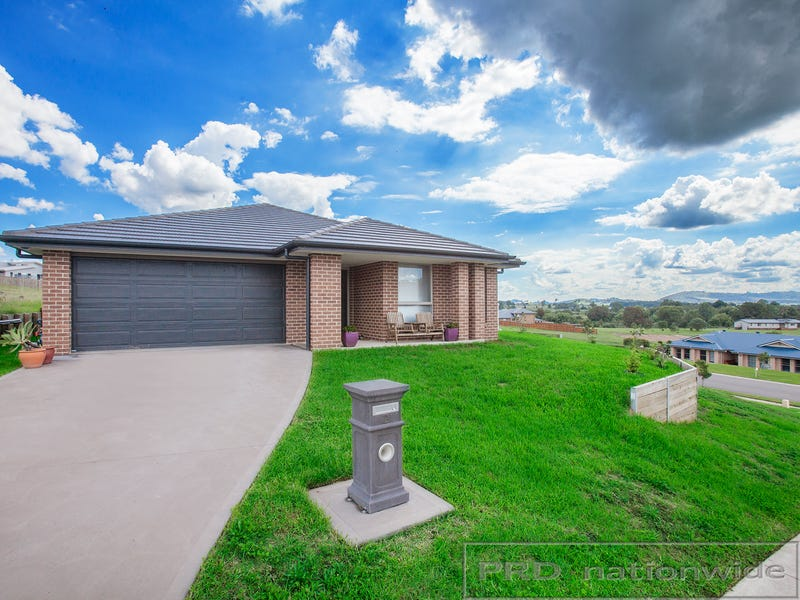 2 Ridgetop Close, Bolwarra Heights, NSW 2320