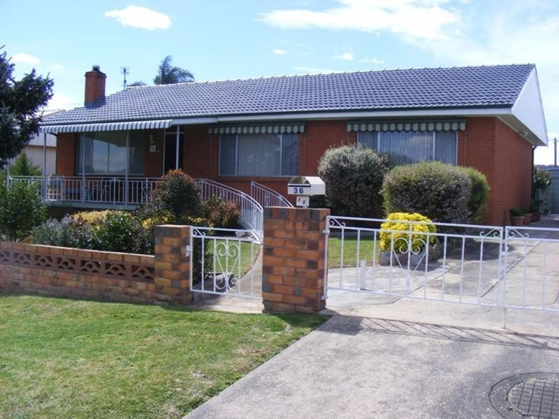 36 Glebe Avenue, Bega, NSW 2550