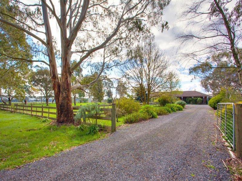 120 Ralstons Road, Pootilla, Vic 3352