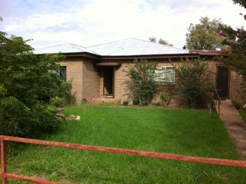 48  Munnell Street, Gulargambone, NSW 2828