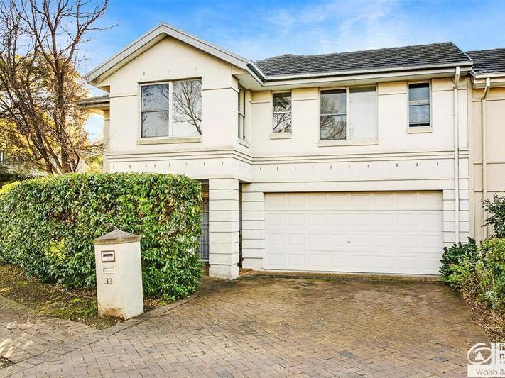 33 Goldfinch Crescent, Bella Vista, NSW 2153