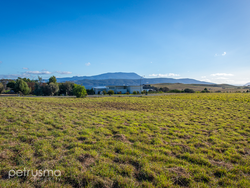 117 Spitfarm Road, Opossum Bay, Tas 7023