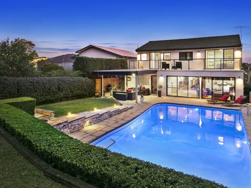 16 Jenner Street, Seaforth, NSW 2092