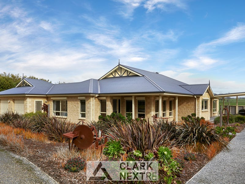 54 Brock Road, Hallora, Vic 3818