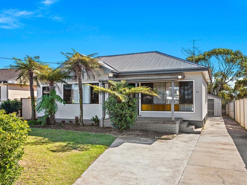 23 Bass Street, Barrack Heights, NSW 2528