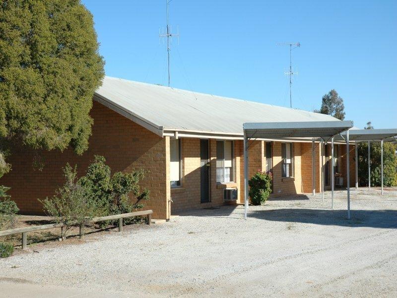 280-284 Henry Street, Deniliquin, NSW 2710