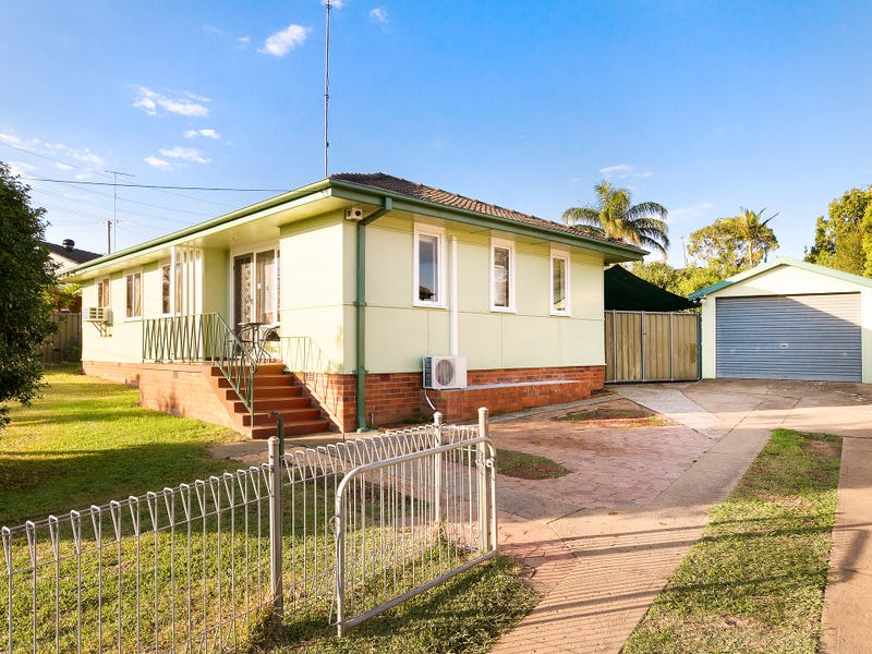 3 Finisterre Ave, Whalan, NSW 2770