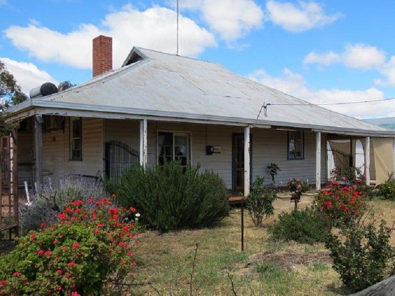 3 Goldfields Road, Dowerin, WA 6461