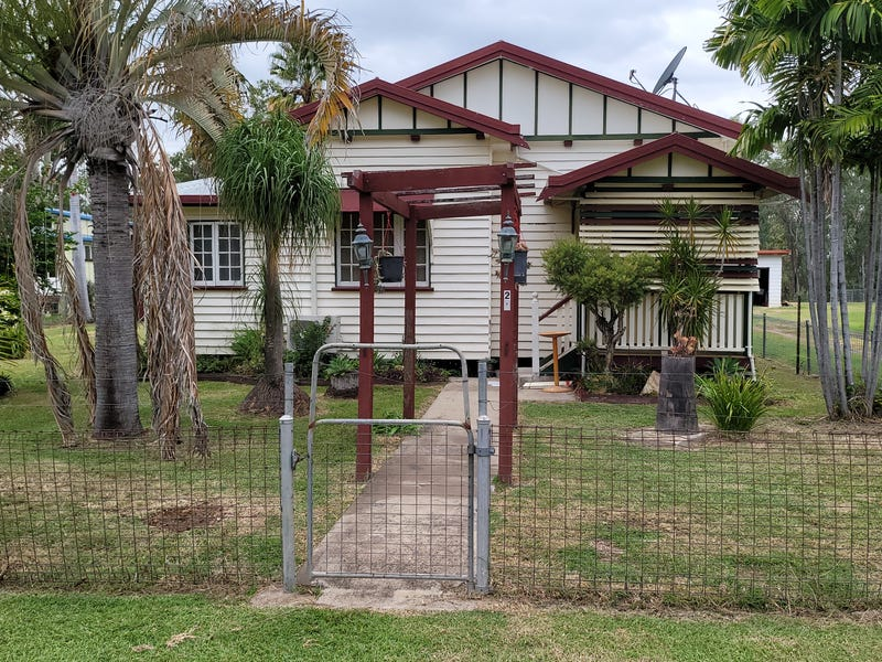 28 The Boulevard, Theodore, Qld 4719