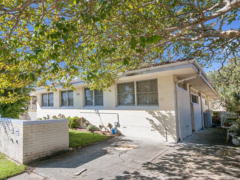 2/193 Albany Street, Point Frederick, NSW 2250