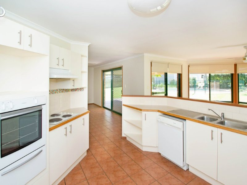 102 Settler Way, Karalee, Qld 4306