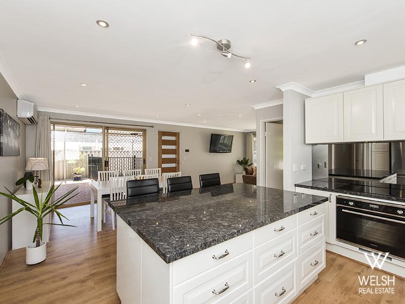 16 Kinghorn Place, Redcliffe, WA 6104