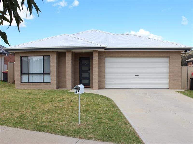 62 Greta Dr, Hamilton Valley, NSW 2641