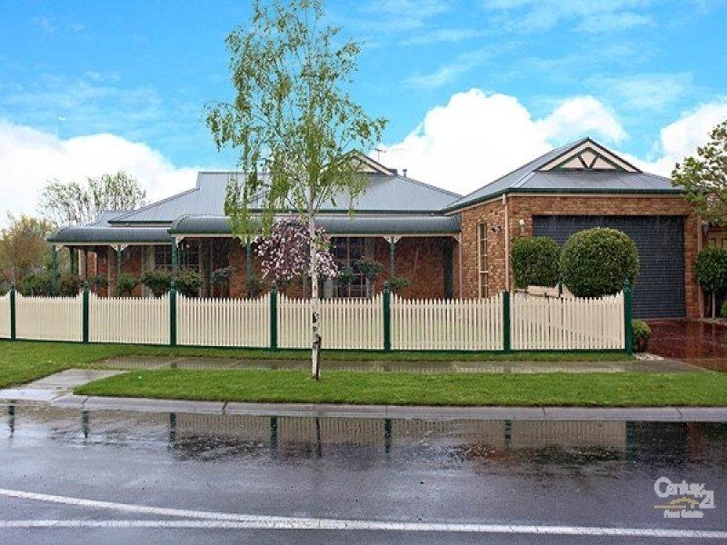 2 Grandiflora Court, Dingley Village, Vic 3172
