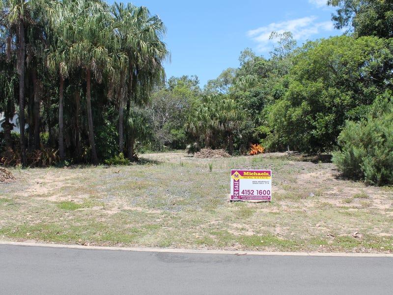 22 Palm View Drive, Moore Park Beach