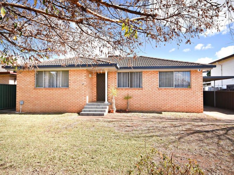 17 Corbett Avenue, Dubbo, NSW 2830