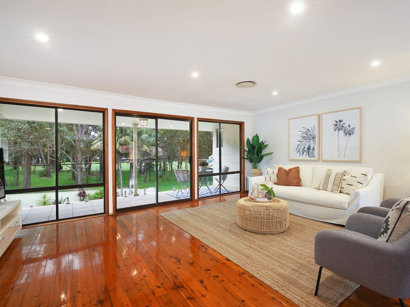 15 Fisher Road, Point Clare, NSW 2250