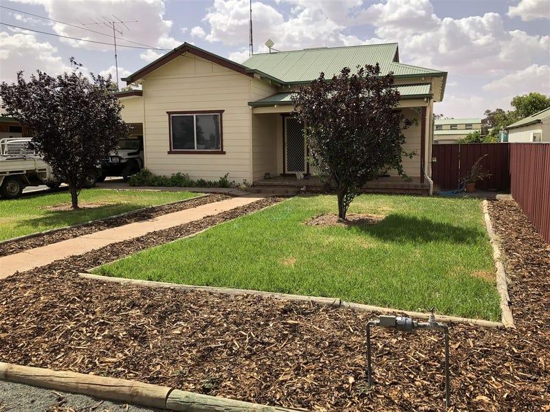 11 Montgomery Street, West Wyalong, NSW 2671