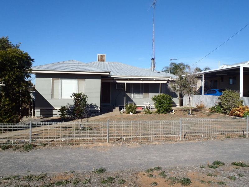 22 Gregory Street, Ouyen, Vic 3490