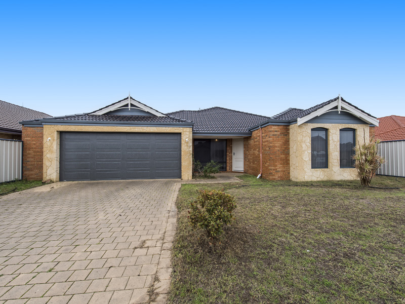 13 Moonbrook Way, Meadow Springs