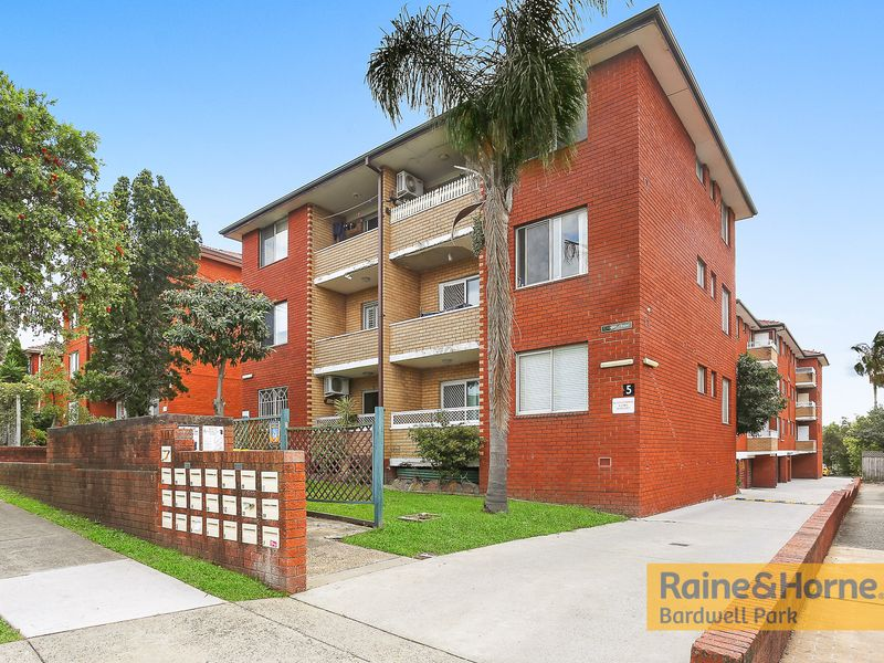 13/5 Phillip Street, Roselands, NSW 2196