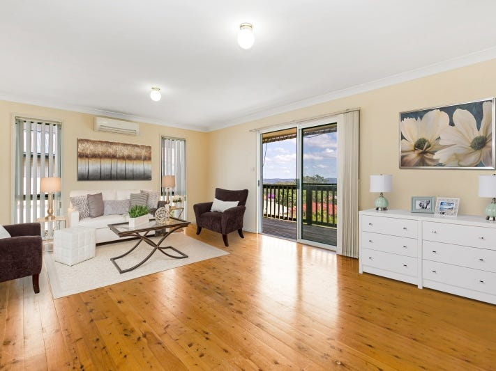13 Irwin Place, Green Point, NSW 2251